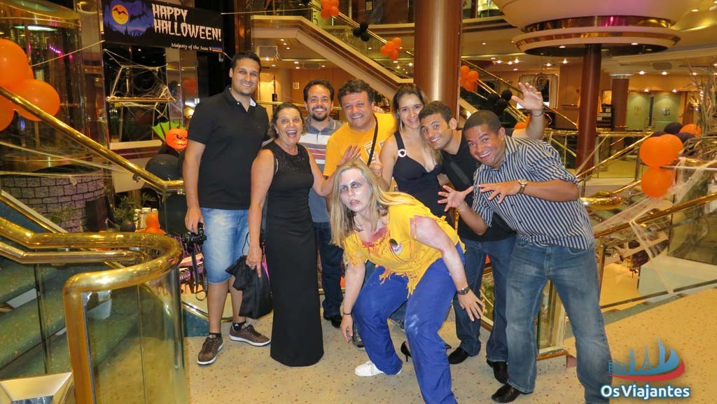 Festa de Halloween no navio Majesty of the Seas