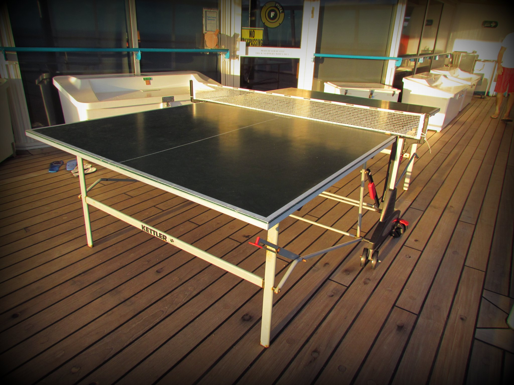 Majesty-Of-The-Seas-Deck-12-Pinp-Pong
