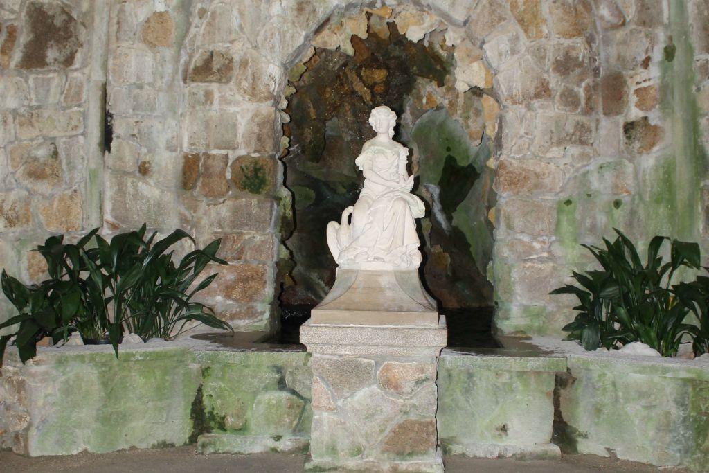 Gruta da Leda - Quinta da Regaleira - Sintra -Portugal