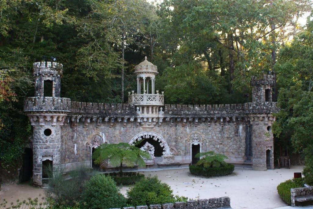 Portal dos Guardiões - Quinta da Regaleira - Sintra -Portugal
