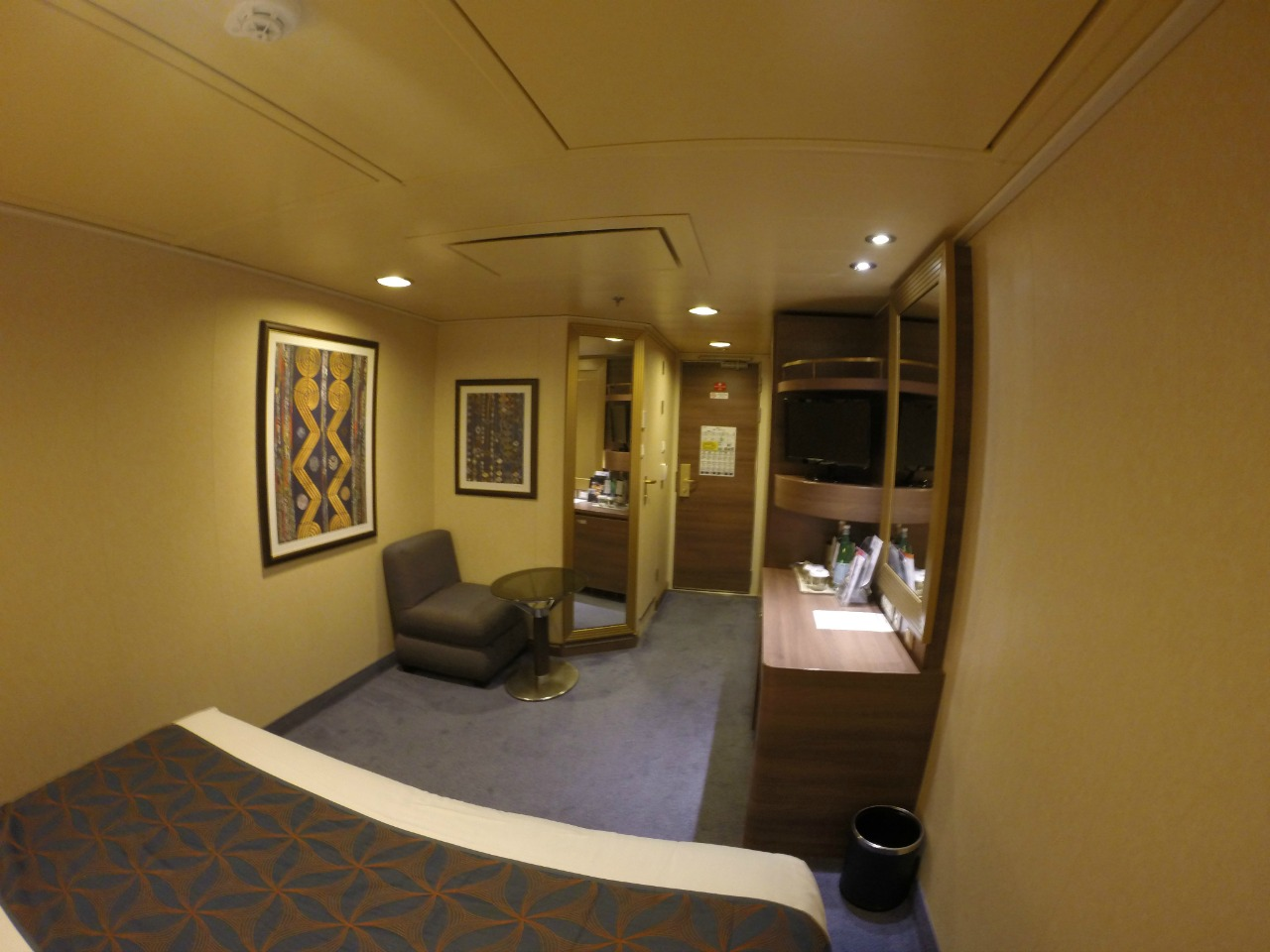 Internal cabin-MSC Divine
