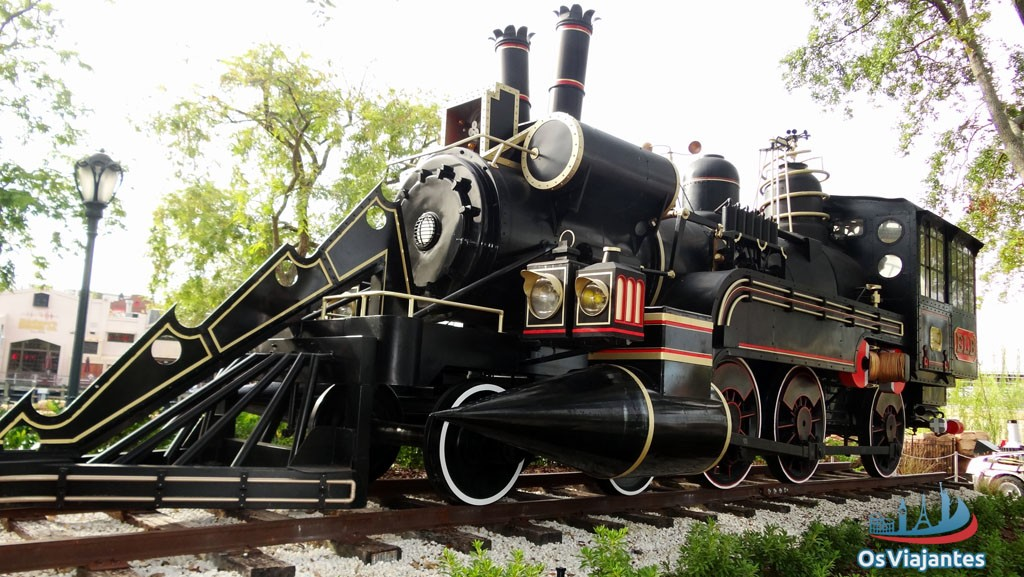 The Jules Verne Train - Orlando - Universal Studios